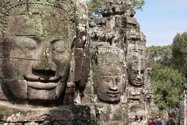 angkor wat bayon temple cambogia siem reap travel asia