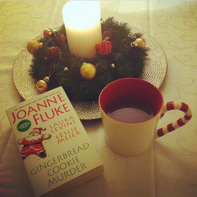 hannah swensen libro natale joanne fluke murder book christmas